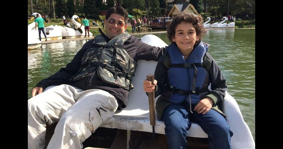 Gabriel Masago com seu papito Daniel Masago. Eles são de São José dos Campos (SP)