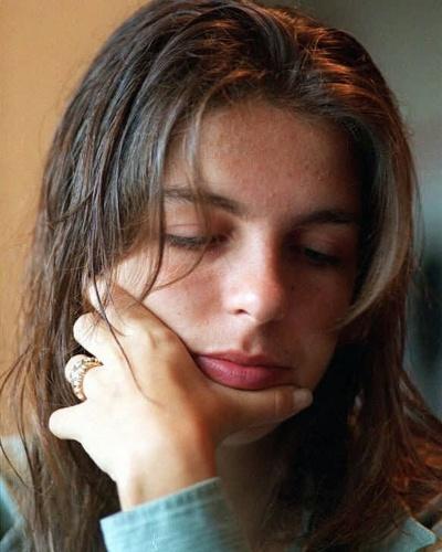 7.mar.1996 - Mirella Zacanini, ex-namorada do vocalista da banda Mamonas Assassinas, Dinho, que morreu em desastre aéreo junto com os demais integrantes do conjunto