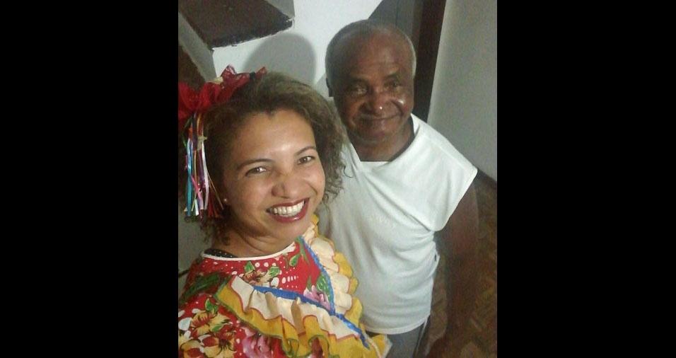 Rejane Oliveira com o papai Rômulo, de Salvador (BA)