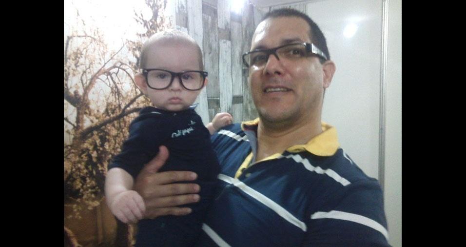 João Maria Bueno Júnior com o filho Davi