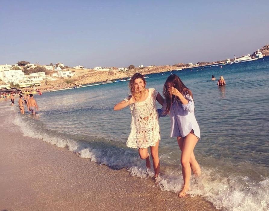 3.ago.2016 - Sasha compartilha registro de viagem à Mykonos, na Grécia