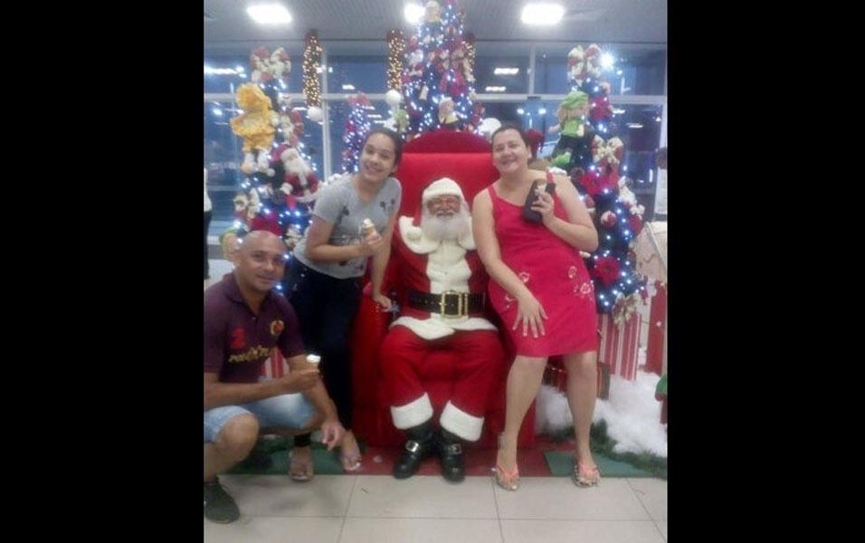 Alexandra Rubian com o marido Marcos e a sobrinha Anna Luiza, de Franco da Rocha (SP)