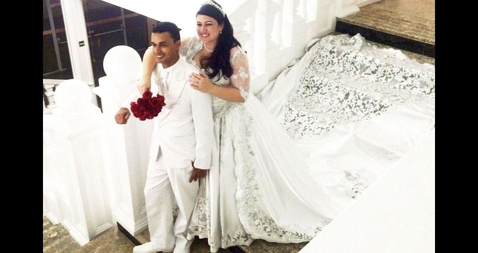 Leandro Ricardo e Renata Cristina casaram-se no dia 29 de agosto de 2015, em Praia Grande (SP)
