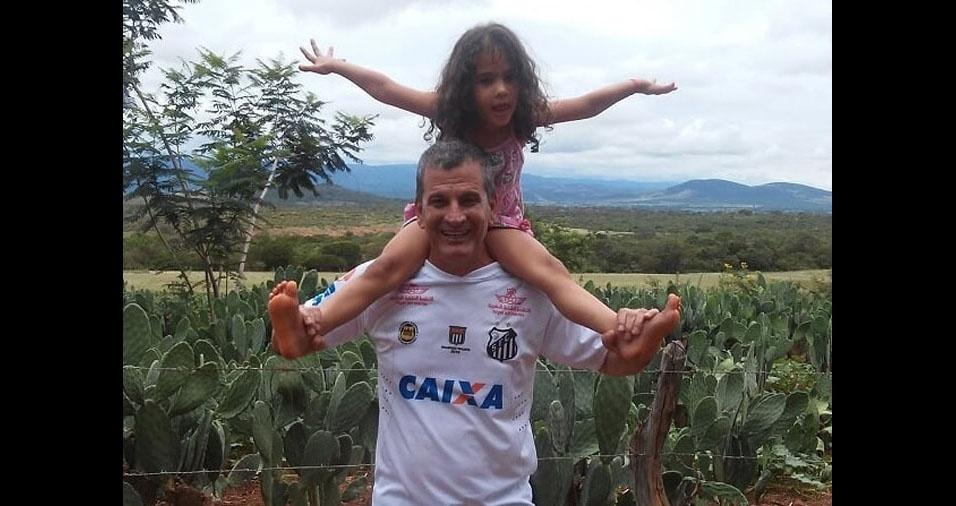 Papai Jefferson com sua filhinha Eduarda