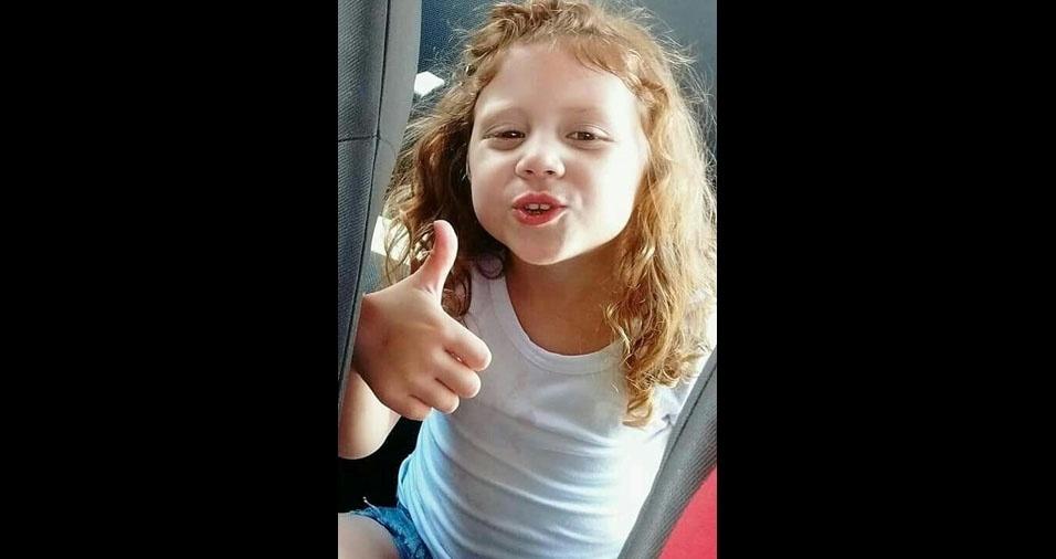 Maria Eduarda, seis anos, é filha do Avelino Ferreira da Silva e da Priscila Aparecida Vieira, de Barueri (SP)