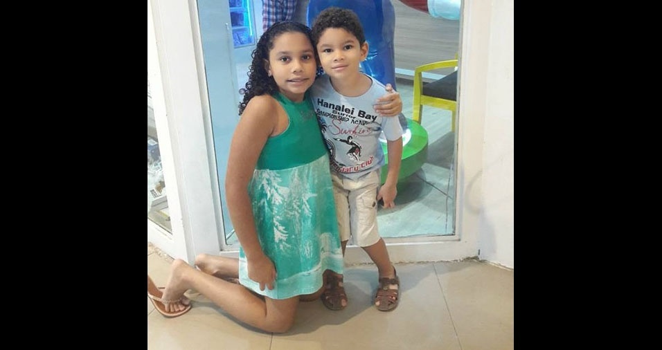 Os pais Luiza e Katergeane enviaram foto dos filhos Yasmin e Paulo