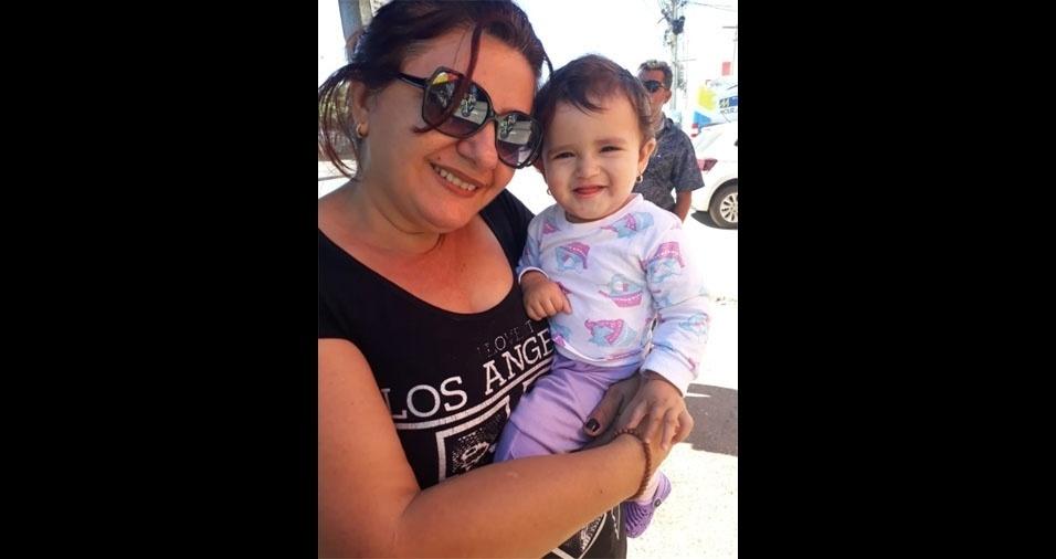 Aryane Gonzales, de Cuiabá (MT), compartilhou foto da vovó Cristiane com a netina Mariana