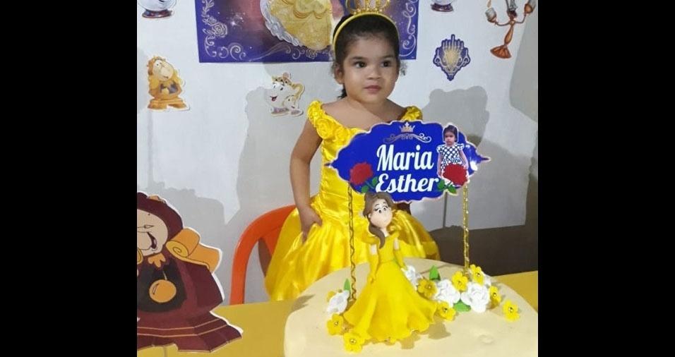 A mamãe Kelly enviou foto da filha Maria Esther, de São Miguel do Gumá (PR)
