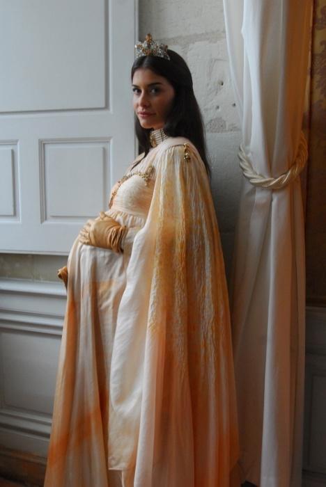 """Jan.2011 - Alinne Moraes em cena da novela """"Cordel Encantado"""""""