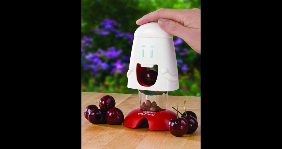 22. Aparelho para retirar o caroço da cereja