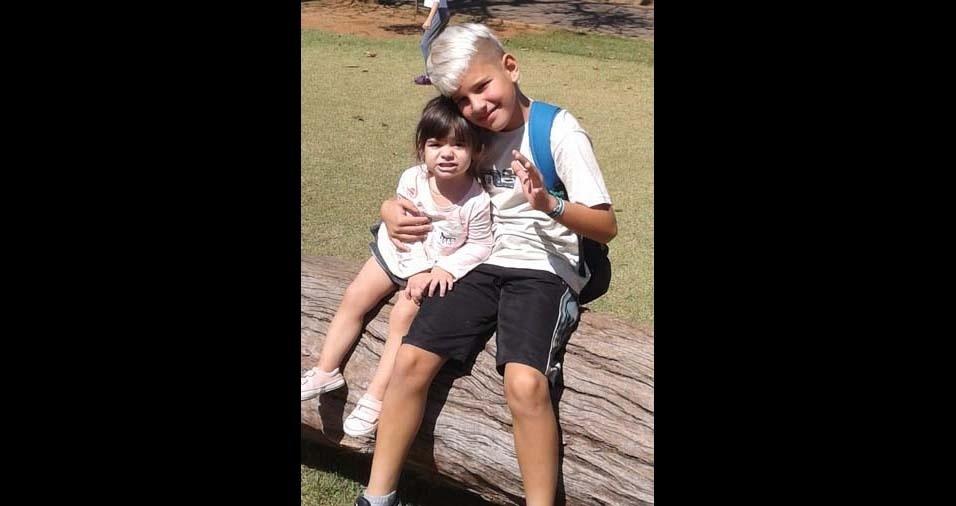 Tiago e Mayra, de Jundiaí (SP), enviaram foto dos filhos Isis, de dois anos, e Yago, de nove anos