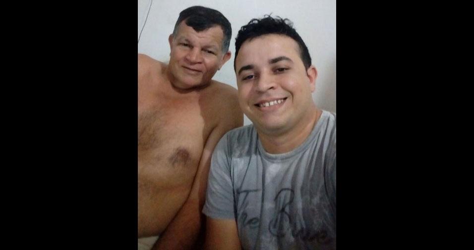 Antonio Felicio Barbosa Lima com o pai Luiz Felicio Lima, de Quixeramobim (CE)