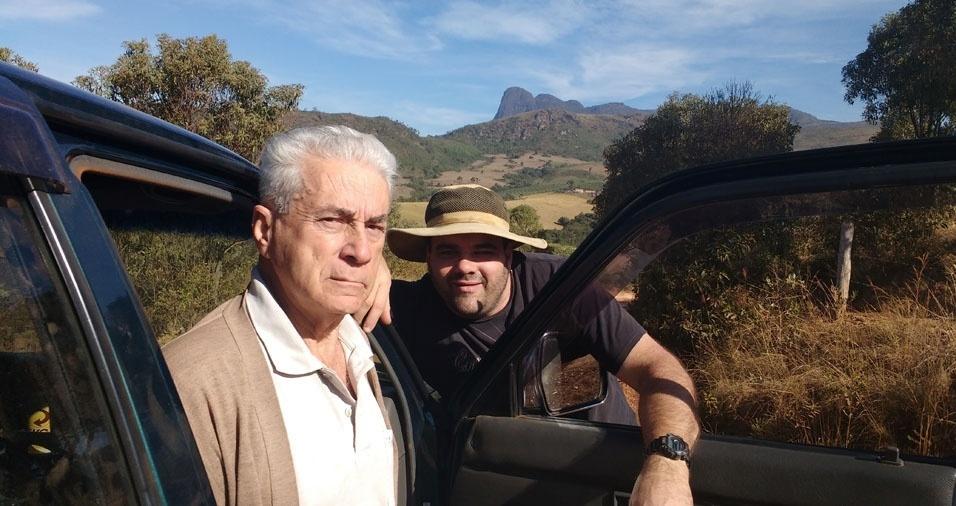 Rodrigo e o papai Jair, de Airuoca (MG)