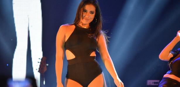 A cantora Anitta passou por um susto ao ver seu condomínio invadido por um fã - Felipe Souto Maior/AgNews