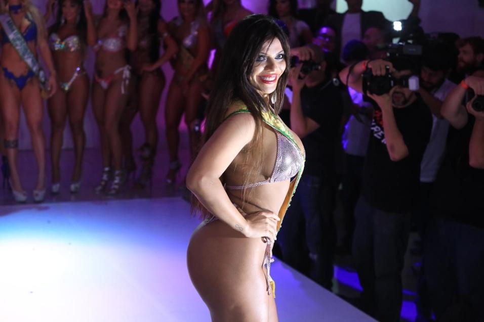 9.nov.2015 - Considerada a sósia de Daniella Cicarelli, Suzy Cortez é a grande campeã do Miss Bumbum 2015