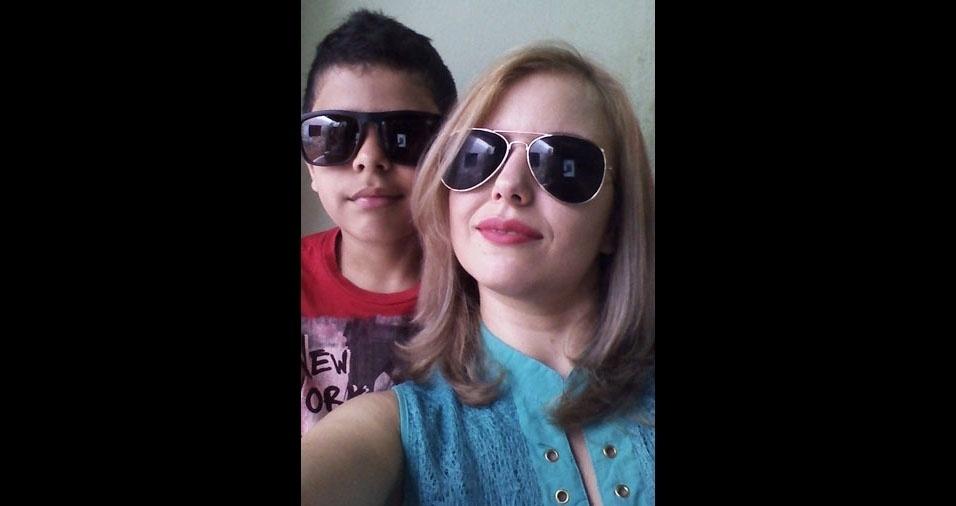 Sheila com o filho Jhony, de Porto Seguro (BA)