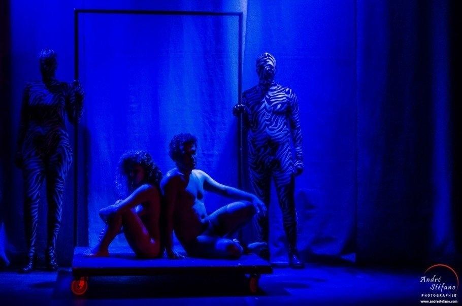 22.dez.2015 - O espetáculo teatral