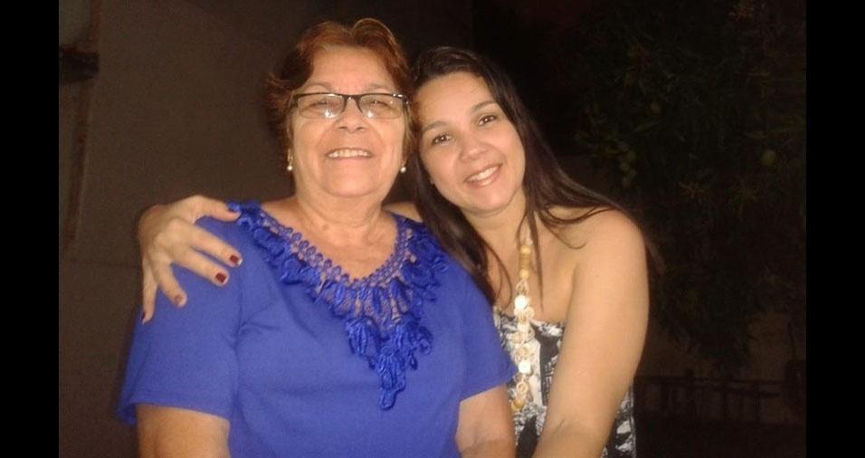 Dominique e a sua mamãe Ivete