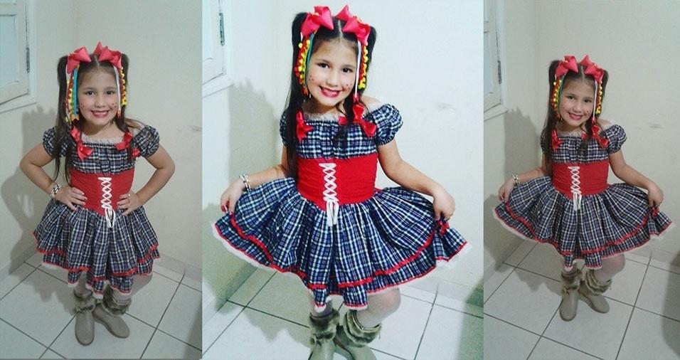 Mamãe Luciana Alves Moreira, de Aracruz (ES), enviou foto da filha Thalyta Alves Martins
