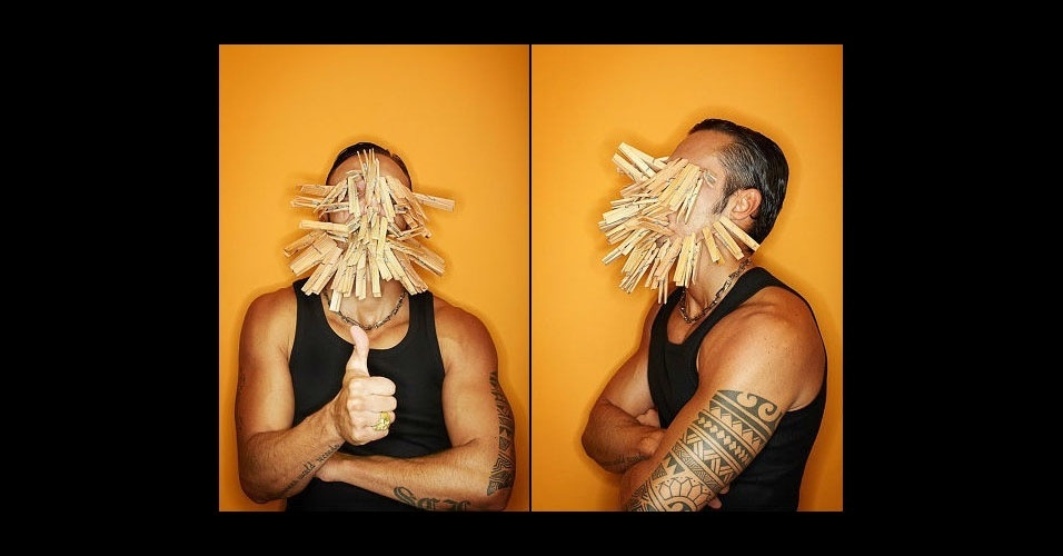 15. O recorde de prendedores de roupa pendurados no rosto é do italiano Silvio Sabba, com 51 peças, em 2012.