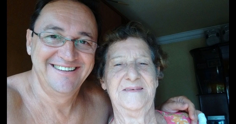 O filho Luiz Henrique enviou foto com a mamãe Maria Izabel, homenageando-a pelo aniversário, no dia 9 de maio, e pelo Dia das Mães