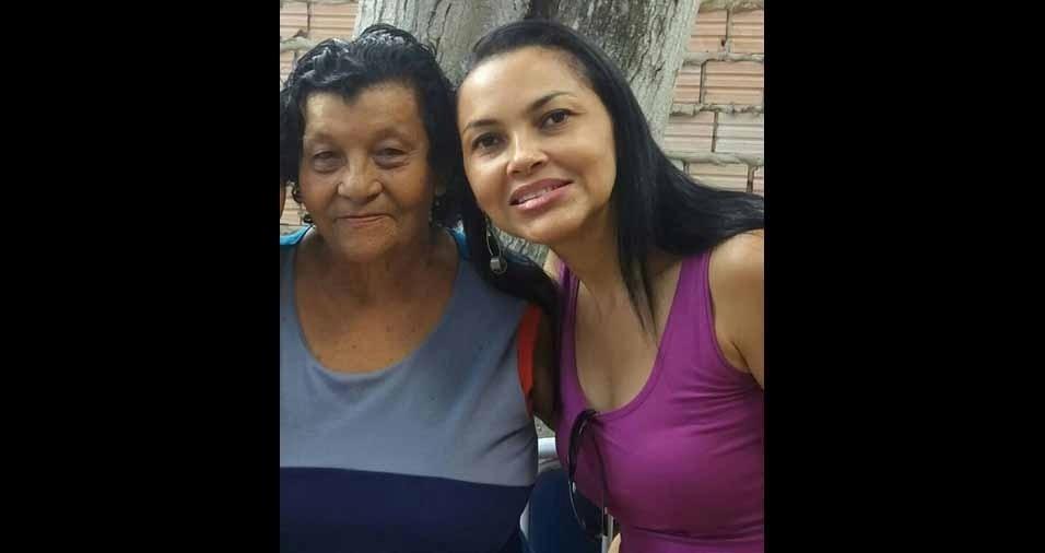 Alzenira Silva com a avó Raimunda Paula
