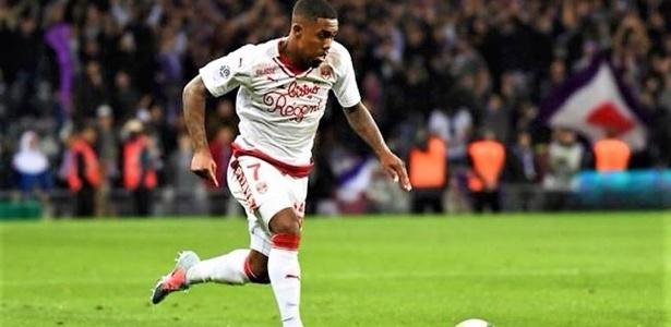 Malcom sonha em defender o Bayern de Munique a partir da janela de meio de ano