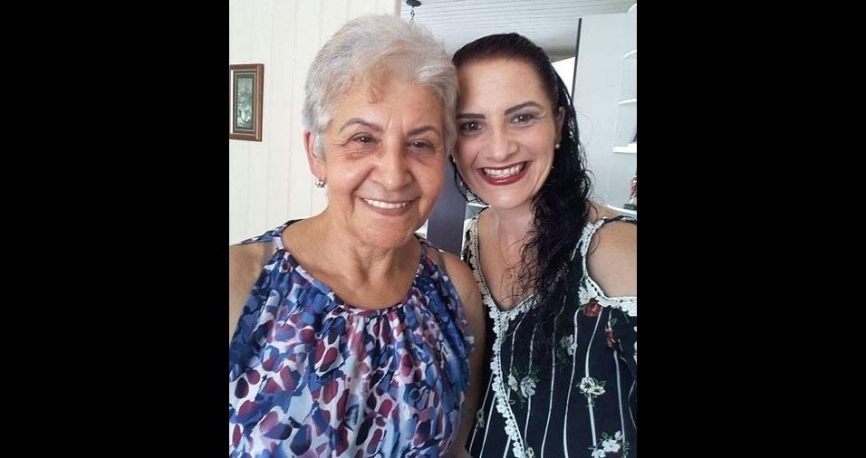 """""""Tudo trabalhado no DNA do amor. Feliz Dia das Mães. Amo incondicionalmente"""", declara Viviane Marcos, filha da dona Terezinha, de Tubarão (SC)"""