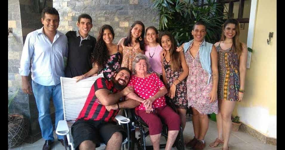 Vovó Ritta com os netos queridos, de Salvador (BA)