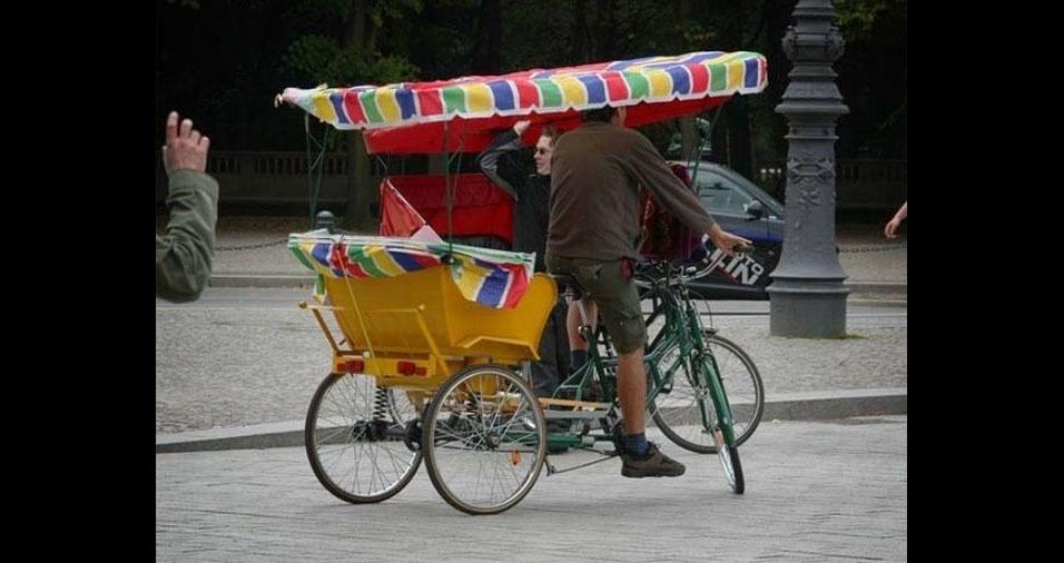 35. Assim como este charmoso táxi de Berlim, na Alemanha