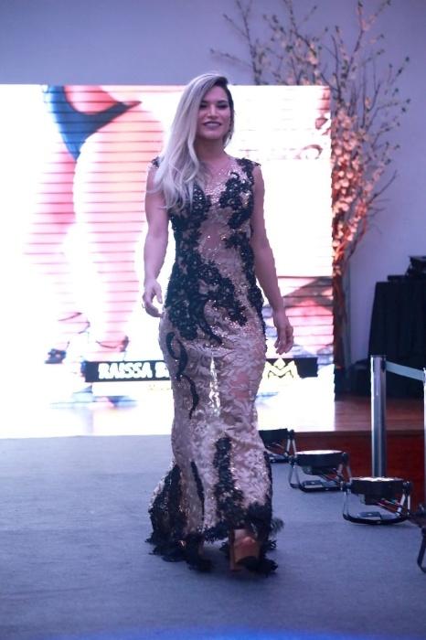5.nov.2017 - Raissa Barbosa, vice-Miss Bumbum 2017, abriu a disputa do Musa do Brasil