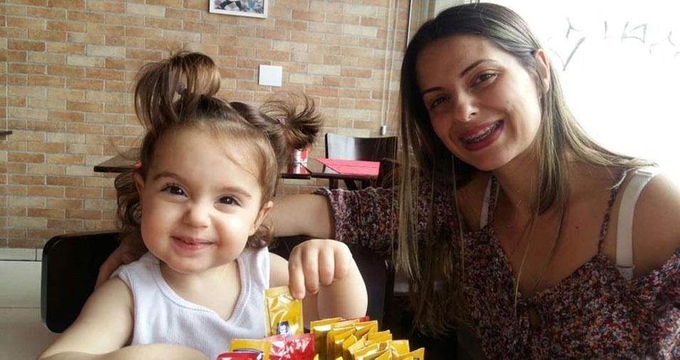 """""""Mamãe Luana Rodrigues de Lima e sua filhota Isabelle Rodrigues de Lima, da cidade de Maringá (PR)"""""""