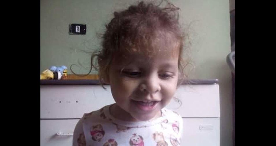 """""""Esta é Hadassah, a minha princesa, que foi promessa de Deus sobre a nossa vida"""", conta o papai Winderson de Jesus Costa, de São Paulo (SP)"""