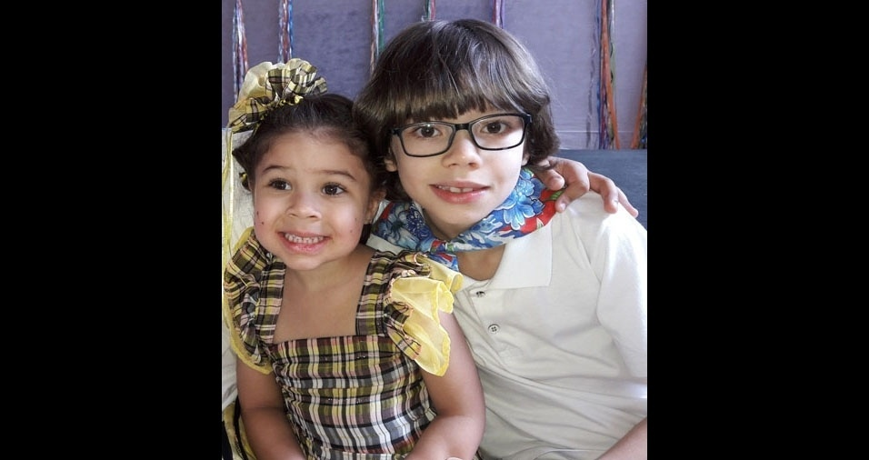 Edson enviou foto dos filhos Thiago e Isabel