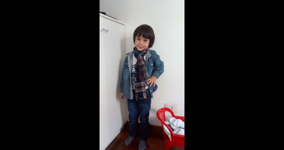 Carlos é filho da Valéria Lúcia de Paula, de São Paulo (SP)