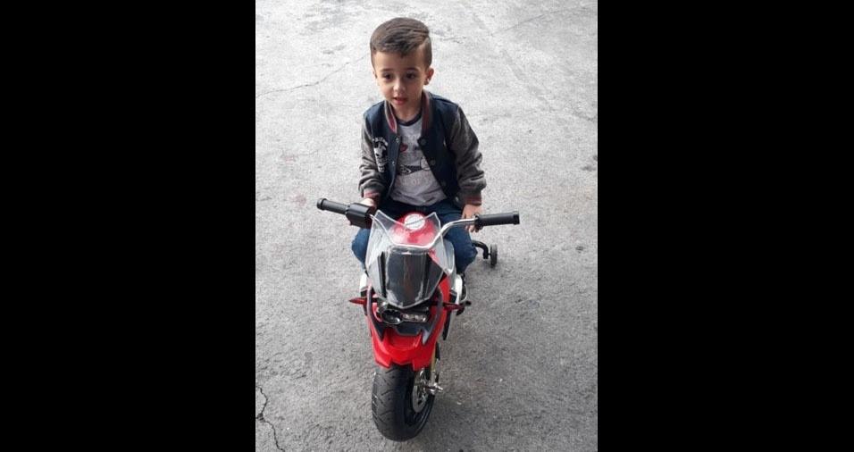 Luizinho motorizado em foto enviada pelo Dalmo Ribeiro, de Osasco (SP)