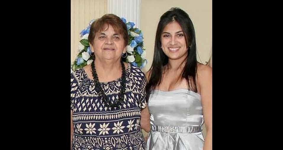 """Pamela Barreto com a vovó Alzira Barreto, de Guarulhos (SP): """"Dona dos melhores ensinamentos, amor e carinho que não tem fim"""""""