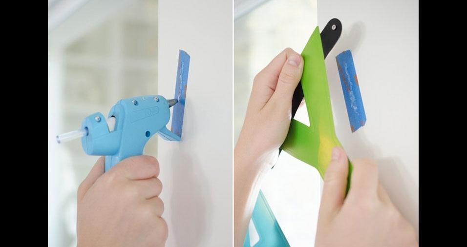 11. Use fita crepe e cola quente para escrever mensagens nas paredes