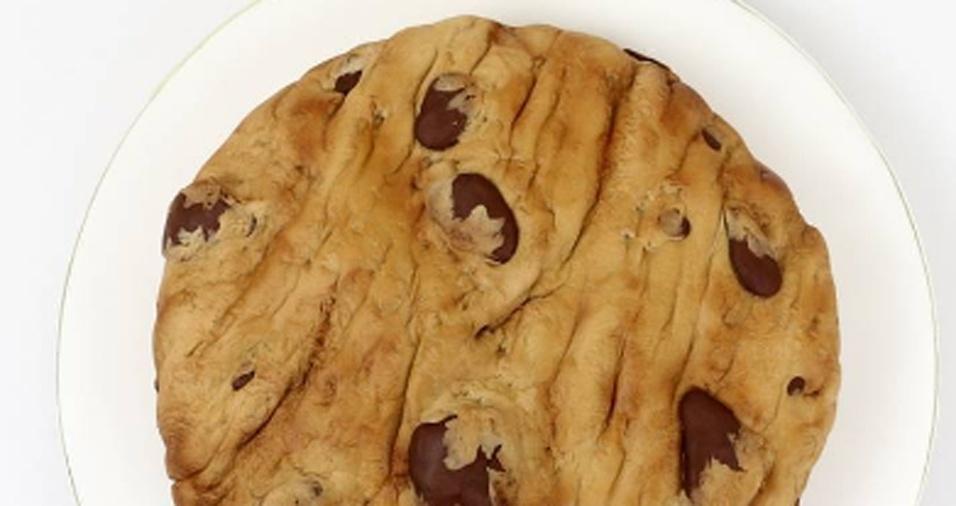 26. Fã de cookies, Laura faz versões gigantes de bolo dos doces