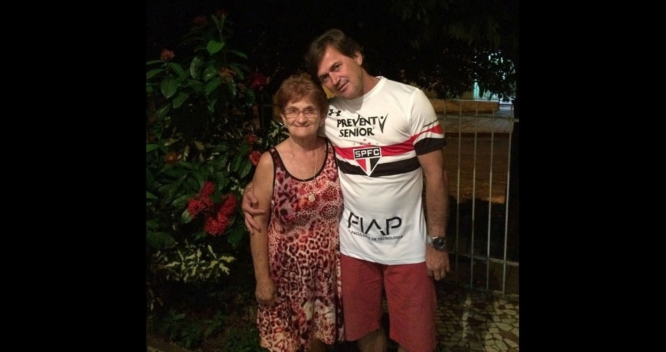 Claudemir com a mãe  Alice, Catanduva (SP)