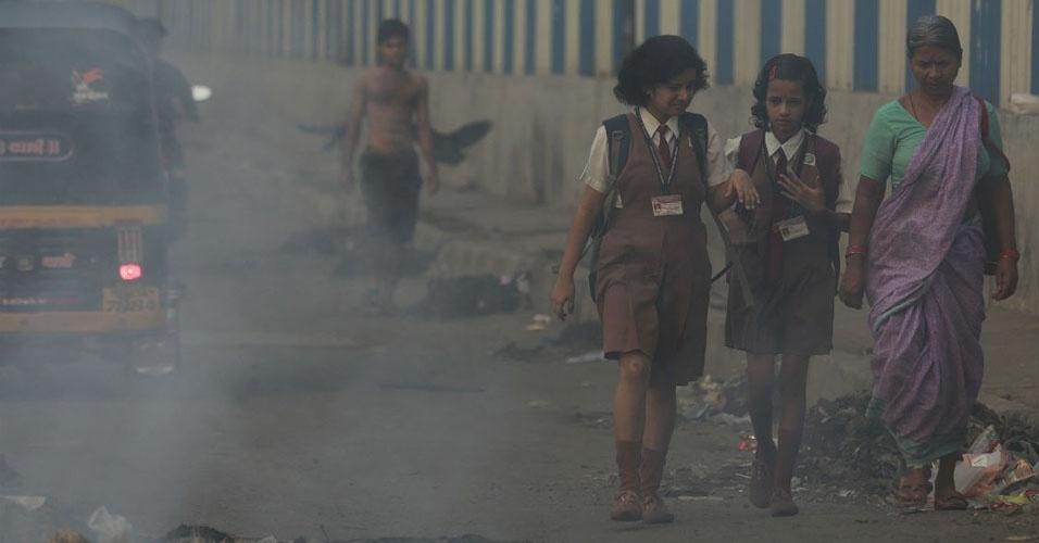 5. Respirar o ar da cidade de Mumbai, na Índia, durante um dia é equivalente a fumar 100 cigarros