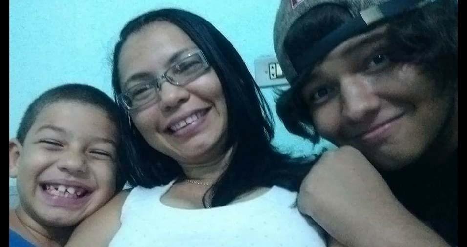 Mônica, do Recife (PE), enviou foto dos filhos William e Wallace