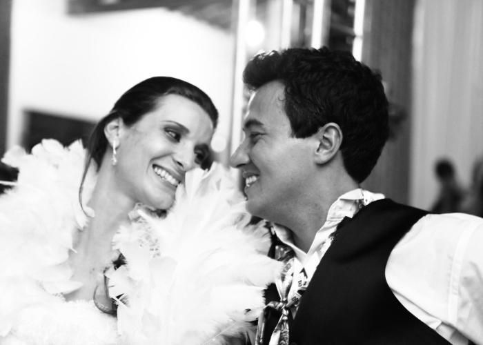 Ana Paula Morante e Michel Gustavo Kawatake trocaram mais do que um olhar apaixonado no dia 20 de janeiro de 2012. O casal trocou alianças e oficializou a união em Monte Alegre do Sul (SP).
