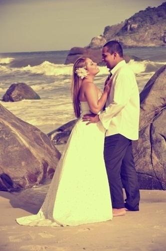 Moises da Silva Alves e Suelen Felix Alves casaram em São João de Meriti (RJ) no dia 8 de novembro de 2012.