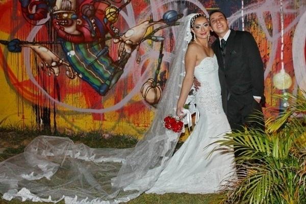 Rodrigo Fernando Bagne e Fernanda Wilhelm Bagne casaram em Jundiaí (SP) no dia 11 de maio de 2013.