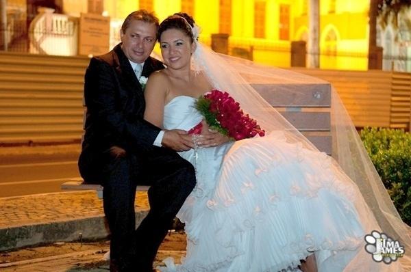 """Valdilson Inacio de Melo e Gilciane Alves da Silva casaram em Teresina (PI) no dia 21 de outubro de 2011, mas parece que não vão parar por aí. """"Foi um dia muito especial e inesquecível, pretendo renovar os votos com uma grande festa novamente"""", revela Gilciane"""