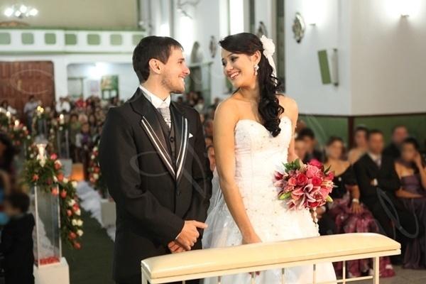 Tobias Luis dos Reis e Dayene do Lago Vieira Reis se casaram em Divisa Nova (MG), no dia 14 de junho de 2012.