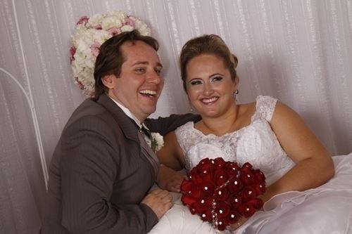 Fernando e Mirielle Spezia casaram em Jaraguá do Sul (SC) no dia 11 de maio de 2013.