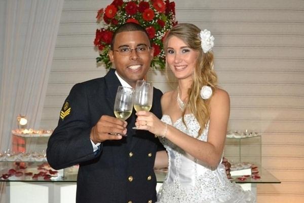 Rafael e Juliana Inacio Ferreira Gomes casaram no Rio de Janeiro (RJ) no dia 1 de junho de 2012.