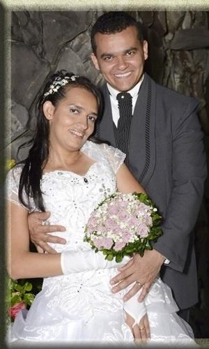 Josivaldo Vieira de Oliveira e Advanusia Santos Silva, de Aracaju (SE), estão casados desde 17 de novembro de 2012.